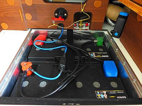 batterietrennschalter eingebaut labby 39 s blog. Black Bedroom Furniture Sets. Home Design Ideas