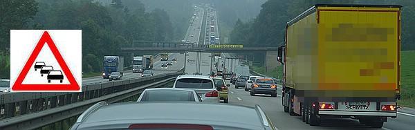 Stauende Autobahn – und die Angst fährt mit