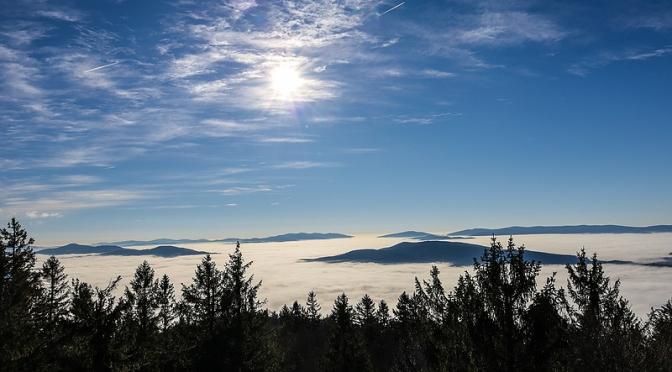 Über dem Nebel: Traumhafte Wanderung zum Großen Riedelstein